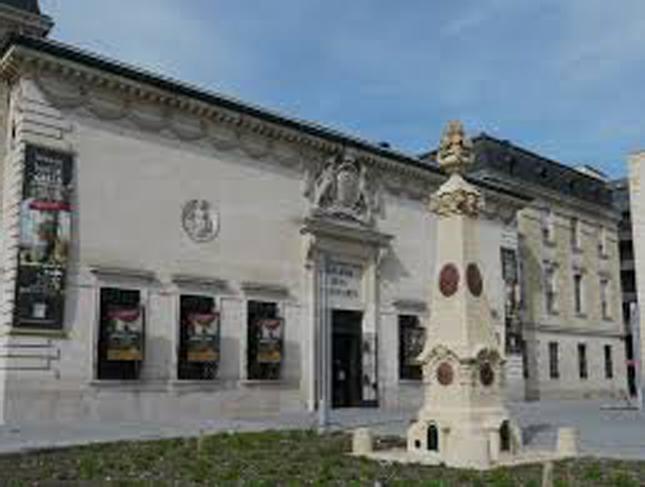 Galerie_des_Beaux_Arts 1024